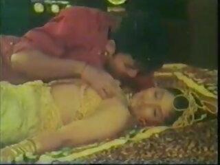बीएफ के फुल सेक्सी मूवी वीडियो में साथ परिपक्व महिला ENJOYS सेक्स !!