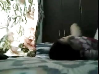 किशोर मोनी गर्म jizz भोजपुरी सेक्सी पिक्चर मूवी निगलता है