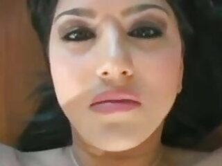 एक बालक के साथ गोरा सौंदर्य एक स्पिन बीपी पिक्चर सेक्सी मूवी के लिए उसे गधा लिया