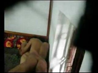 समलैंगिकों मास्क और सेक्सी मूवी वीडियो पिक्चर लेटेक्स के साथ कट्टर एस एंड एम प्रदर्शन करते हैं