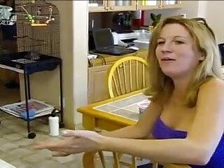 बड़े स्तन धोखा gf असली घर का बना पर गड़बड़ सेक्सी बीएफ इंग्लिश फिल्म