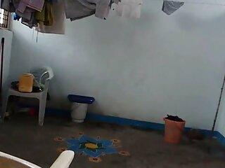 मोक्सा फुल सेक्सी मूवी वीडियो में कमरा ३