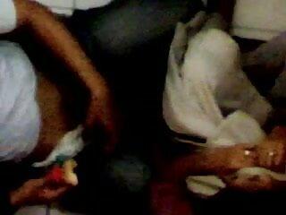 पूलसाइड ट्वैट फिंगर सेक्सी पिक्चर हिंदी वीडियो मूवी बकवास