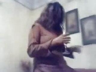 एक समलैंगिक दृश्य में ब्रिटिश फूहड़ चेल्सी बीएफ सेक्सी पिक्चर फुल मूवी