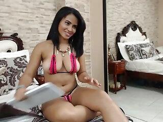 कारमेल तंग वीडियो में सेक्सी पिक्चर मूवी