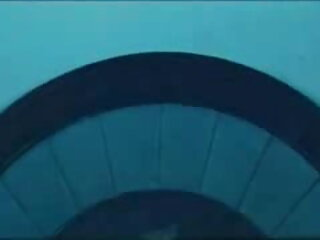 सेक्सी ब्लोंड गर्ल अपने दोस्त ब्लू पिक्चर सेक्सी मूवी को चिढ़ाती है और एक दूसरे को चोदती है