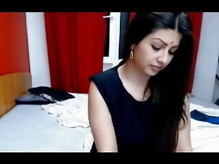 बालों वाली सेक्सी पिक्चर हिंदी वीडियो मूवी सेक्सी किशोर
