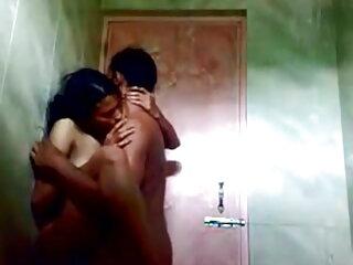 सेक्सी sluts ब्लू मूवी सेक्सी पिक्चर उनके योनी पर ऊँची एड़ी के जूते रगड़